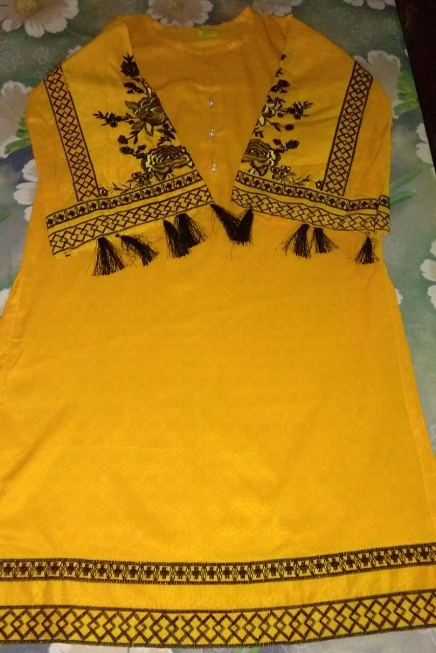 yellow embrodiered kurti (1)